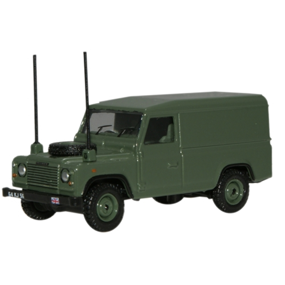 OXFORD MODEL Military Landrover defender 1:76 scale